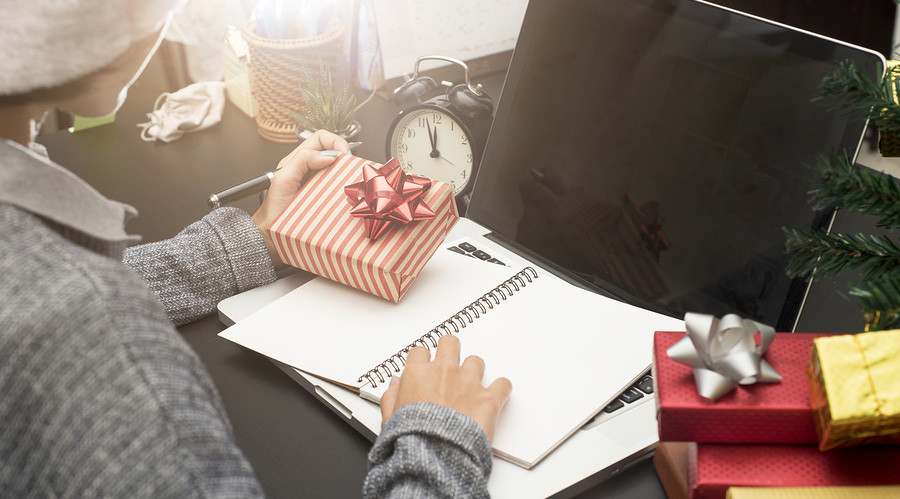 Five Christmas Gift ideas for your employees